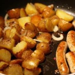 bratwurst-potato-skillet-dinner.jpg