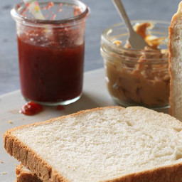 bread-machine-bread-2090560.jpg