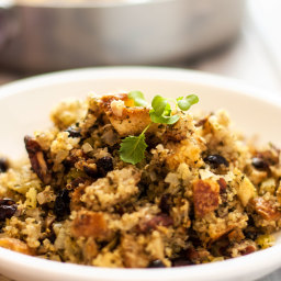 Bread, Quinoa and Cranberry Stuffing