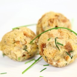 Slovenian Bread dumplings