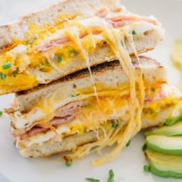 breakfast-sandwich-2059432.jpg