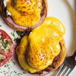 Brennans Eggs Hussarde