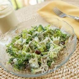 broccoli-raisin-salad-2053419.jpg