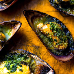 Broiled Mussels With Garlicky Herb Butter