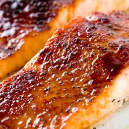 Broiled Salmon with Molasses Glaze