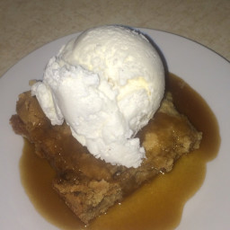 Brown butter Blondie, and maple butter sauce