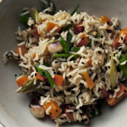 Brown rice, carrot and cashew pilau recipe