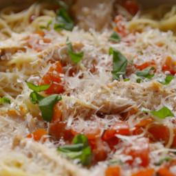 bruschetta-chicken-pasta-1655681.jpg