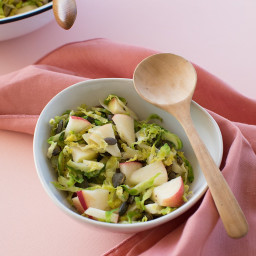 brussel-sprout-slaw-2386151.jpg