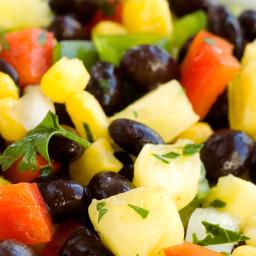 Bush's(r) Black Bean and Mango Salad