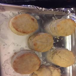 buttermilk-biscuits-36eda643b4651ef25e0d7b81.jpg