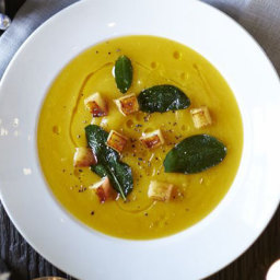 Butternut soup with crispy sage and apple croutons