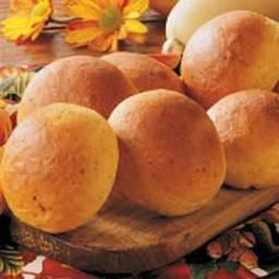 butternut-squash-dinner-rolls.jpg