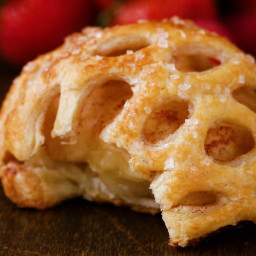 Caged Apple Puff Pastry Recipe by Tasty
