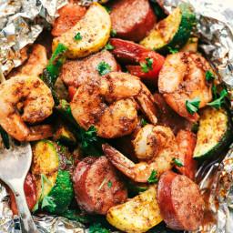Cajun Shrimp and Sausage Vegetable Foil Packets