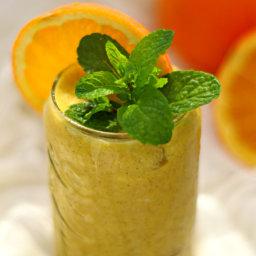 Cancer Fighting Detox Honey, Orange and Ginger Smoothie