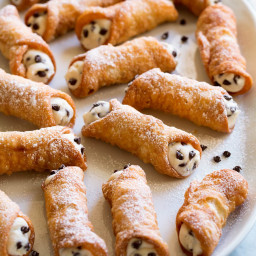 Cannoli (Canoli Filling and Shell Recipes)
