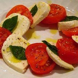 Caprese Con Mozzarella Di Bufala Mozzarella Tomato Basil