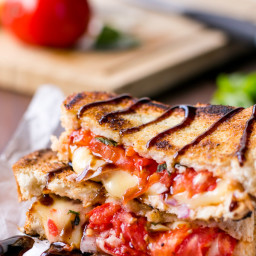 caprese-grilled-cheese-406370.jpg