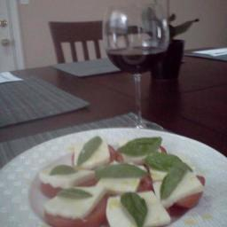 caprese-salad-mozzarella-basil-toma-3.jpg