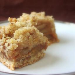 Caramel Apple Crumble Bars