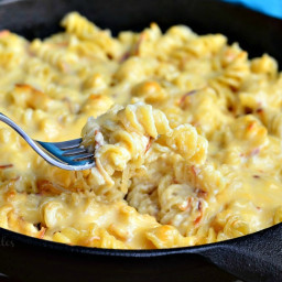 Caramelized Onion Gouda Macaroni and Cheese