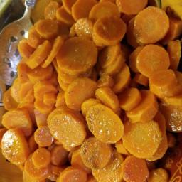 Cardamom honey carrots