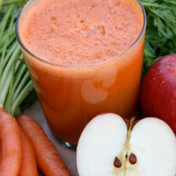 Carrot Apple Lemon Veggie Juice