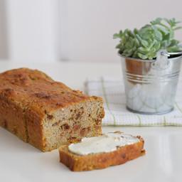 Carrot Cake Banana Bread (low FODMAP, gluten-free, lactose-free)