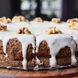 Carrot Cake Cheesecake (FODMAP, gluten-free, lactose-free)