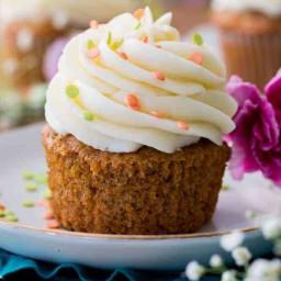 carrot-cupcakes-2f80b4eb0b257cb574db68c9.jpg