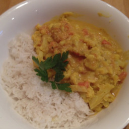 Cauliflower and coconut milk curry