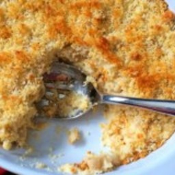 Cauliflower Mac and Cheese with Panko Topping
