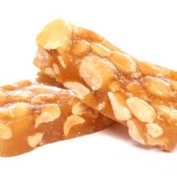 Cayenne-Cashew Crunch