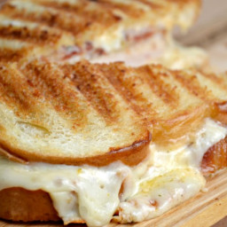 Cayenne Chicken Grilled Cheese