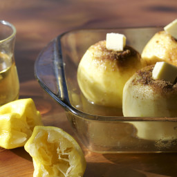 Chamomile and Lemon Baked Apples