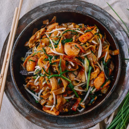 Char Kway Teow Malaysian Rice Noodle Stir-fry