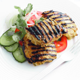 Chargrilled masala chicken with cucumber and tomato