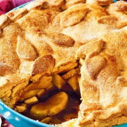 Cheat's apple pie with golden syrup