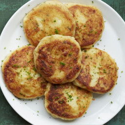 Cheddar-and-Herb Boxty