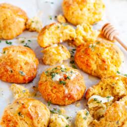 Cheddar Garlic Cornbread Biscuits
