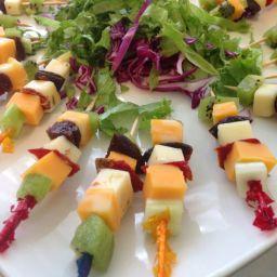 cheese-and-fruit-kebabs-2.jpg