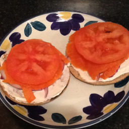 cheese-and-salmon-bagel-ww-3.jpg