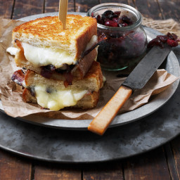Cheese Curd, Bacon and Red Onion Marmalade Grilled Cheese