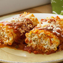 Cheese-Lover's Pasta Roll-Ups