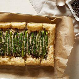 cheesy asparagus gruyere tart