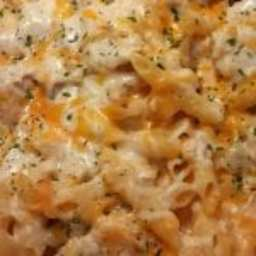Cheesy Chicken Alfredo Casserole Is a Comforting One-Pan Meal