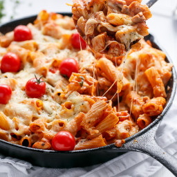 Cheesy Chicken and Roasted Tomato Mozzarella Pasta Bake