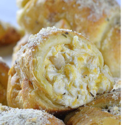 Cheesy Chicken Crescent Dinner Rolls