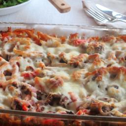 Cheesy Pizza Pasta Bake
